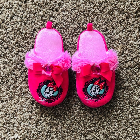NWT Disney Store Minnie Mouse shoes Girls Bow Sneakers Sz 9  Black